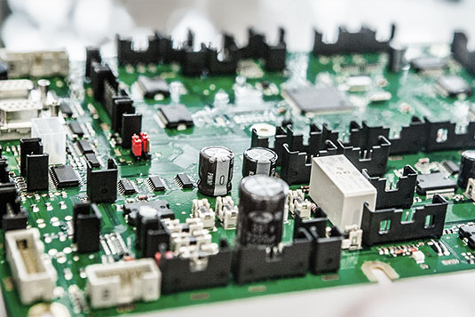 PCB-Assembly-smd-tht-bestueckung-2017–1
