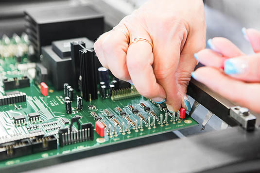 PCB-Assembly-smd-tht-bestueckung-2017–2
